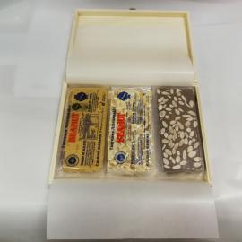 Lotto di piccole scatole di legno